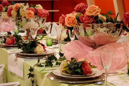 Die Deko gibt der Hochzeit und jedem Event in Magdeburg und Sachsen-Anhalt den positiven warmen Rahmen - Diana Kosaric - Fotolia.com